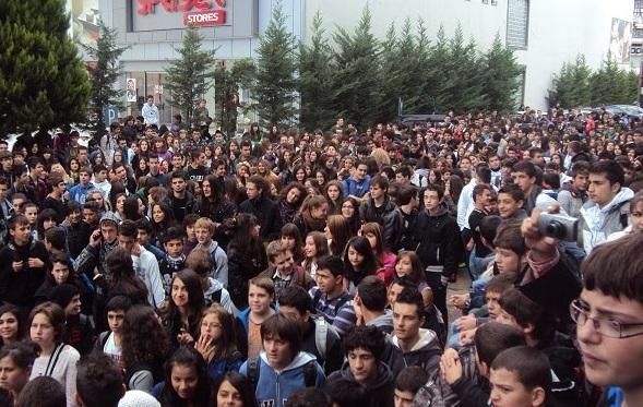 Μαθητικός ξεσηκωμός για τις 4 Νοέμβρη – Κάλεσμα επιτροπής μαθητών σε συλλαλητήρια