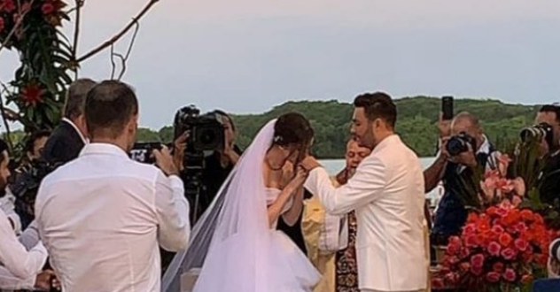 Mano Walter e  Débora Silva se casam  em Marechal Deodoro