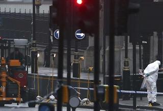 France Shudders After London Attack, Le Pen Demands Border Controls