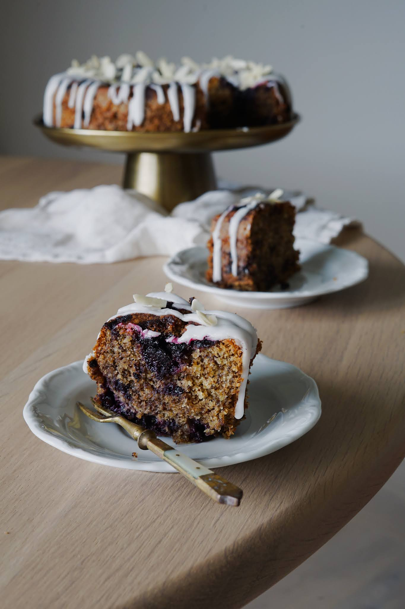 Wilgotne ciasto ucierane z owocami
