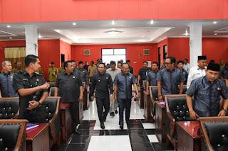 Bupati Lumajang Sampaikan Nota Penjelasan Raperda Perubahan APBD