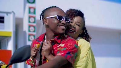 Download Video   Kayumba ft Linah - Umeniweza