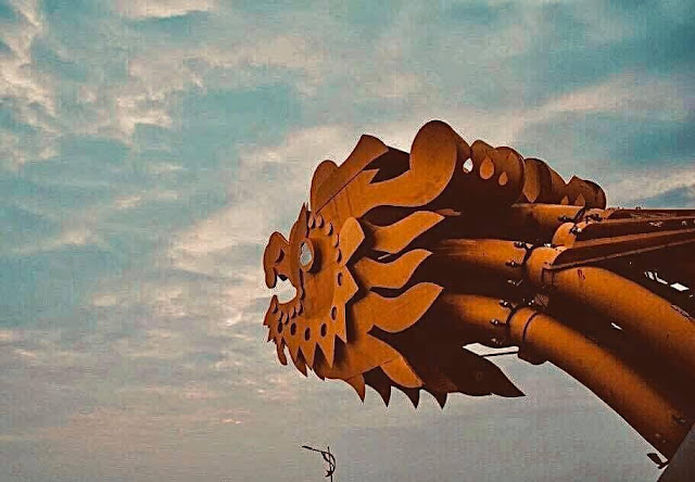 Bá Thanh - Một tượng đài trên cát