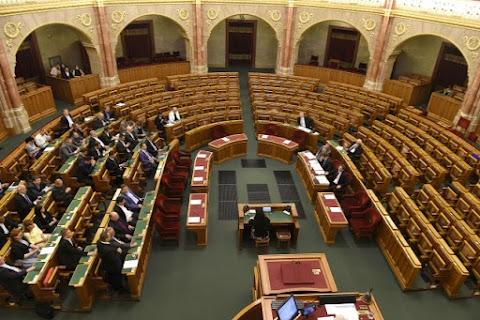 OGY - Határozatképtelen volt a rendkívüli ülés