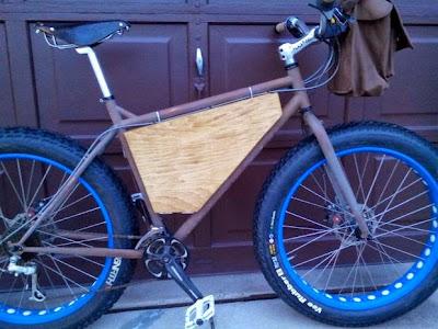 tabla en bicicleta