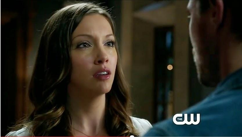 Arrow Damaged screencaps Laurel Lance tears glassy eyes Katie Cassidy Ollie photos