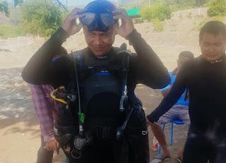 Menyelam Bersama Instruktur Diving, Wakil Walikota Kagumi Keindahan Bawah Laut Teluk Bima