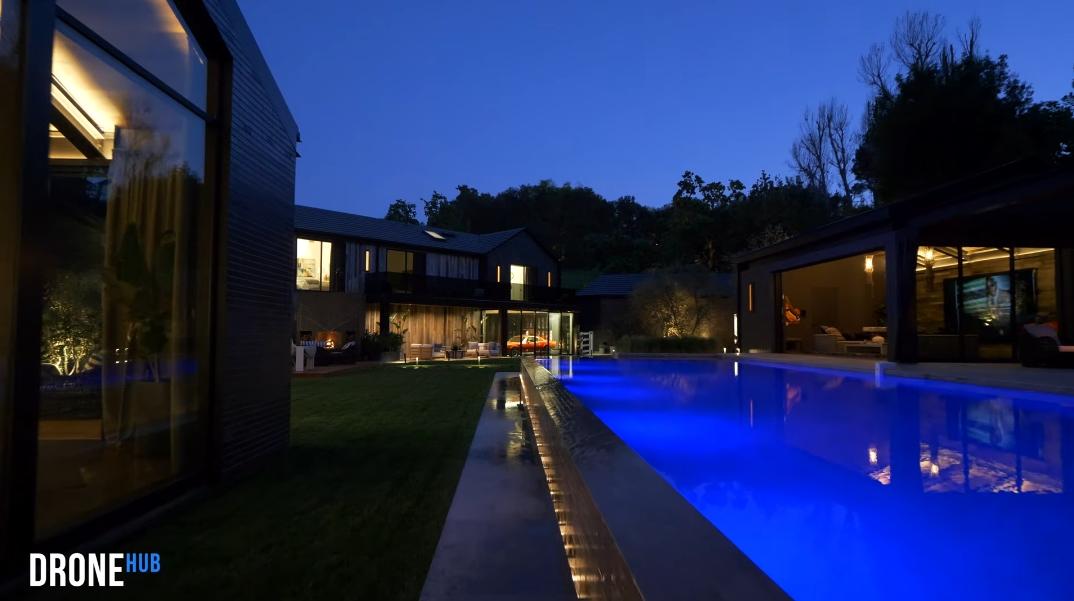 75 Photos vs. Tour 24350 Bridle Trail Rd, Hidden Hills, CA Luxury Mansion Interior Design