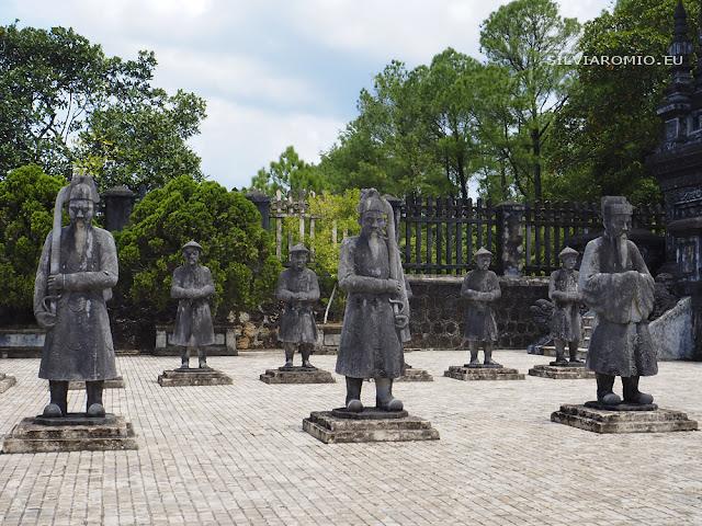 le tombe imperiali di Hué