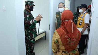 Panglima TNI Tinjau 2 Lokasi Pelaksanaan Isolasi Terpusat di Bandung
