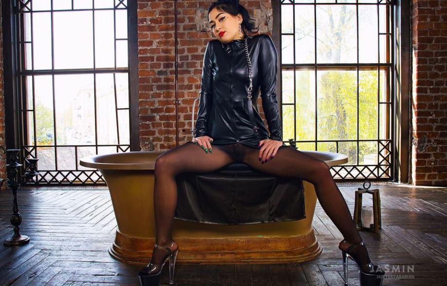 HottestArabian Model GlamourCams