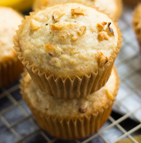 QUICK & EASY VEGAN BANANA MUFFINS #muffins #banana #diet #healthy #snack