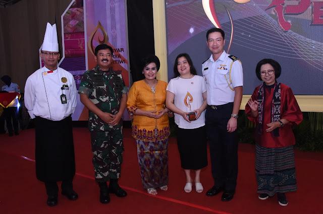 Panglima TNI Jadi Juri Lomba Memasak Nasi Goreng