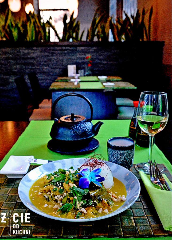 kari kaeng gai, edo, edo restauracja, edo sushi, edo fusion, gdzie zjesc w krakowie, kuchnia azjatycka, restauracja azjatycka w krakowie, tajska kuchnia w krakowie