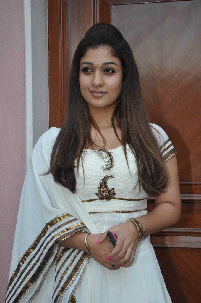 Nayantara cute latest photos without makeup in white salwar suit