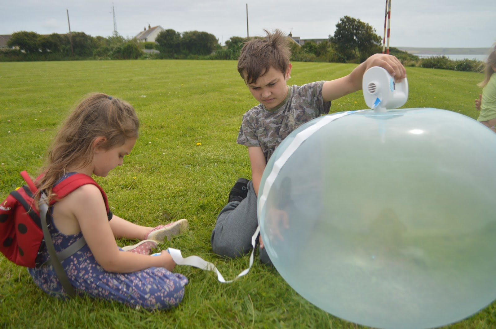 the Amazing Wubble Bubble Ball Review and Giveaway