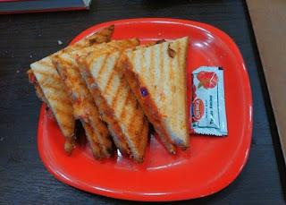 Potato-Sandwich-on-tawa-Recipe