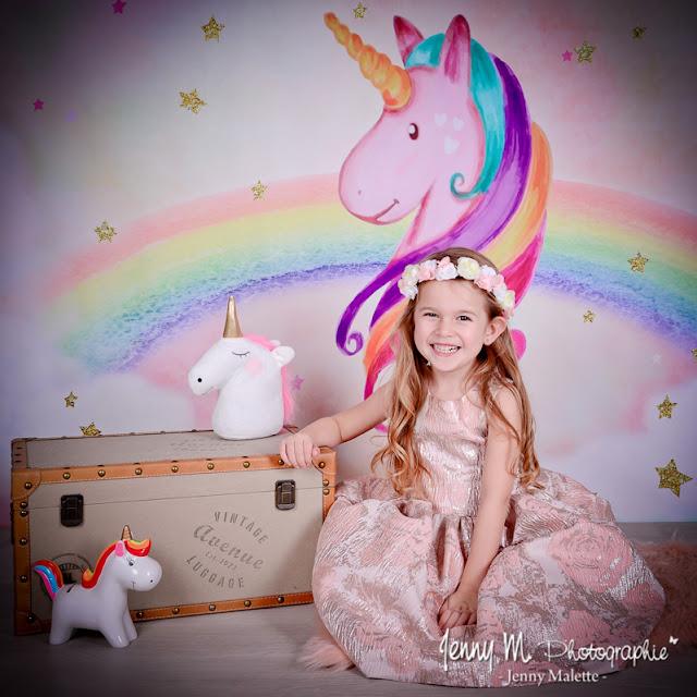 séance photos à thème pour les enfants en studio, thème licorne