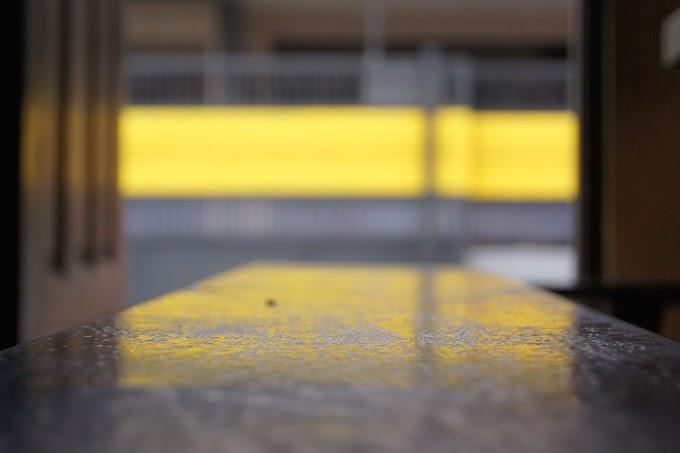 Refleksi garis Kuning