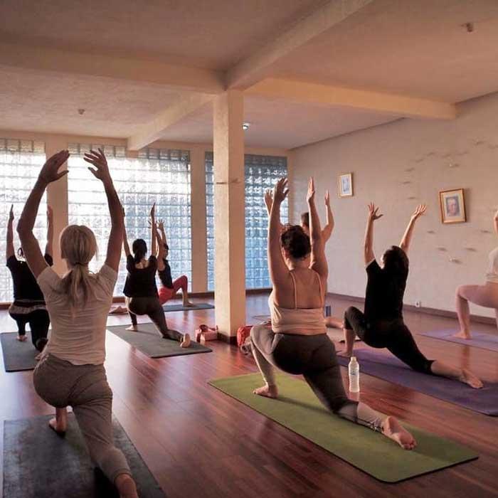 Wisata Yoga di Seminyak