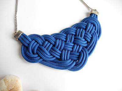 collar nudos de paracord