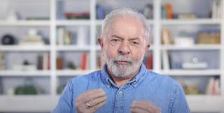 Lula faz pronunciamento com críticas ao governo Bolsonaro