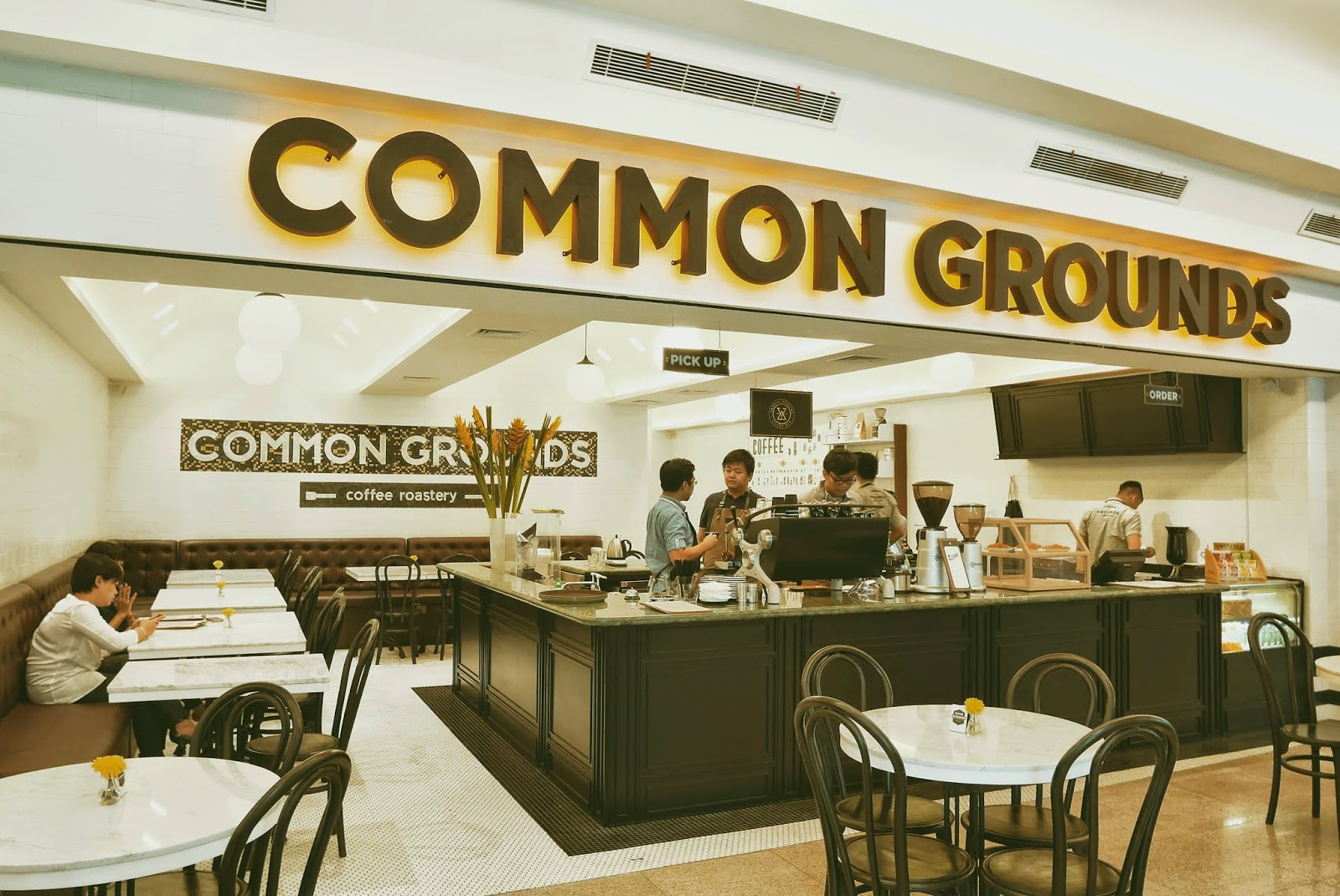 Common Grounds Coffee House & Cafe