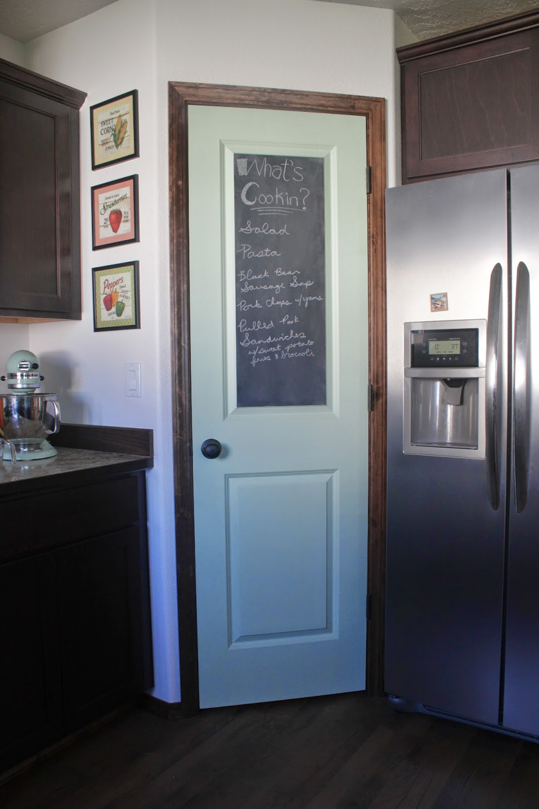 home is where the heart is: Chalkboard Pantry Door