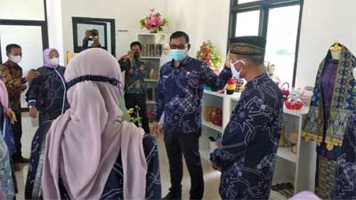 Pengurus Dekranasda Kabupaten Solok Periode 2021-2024 Dikukuhkan