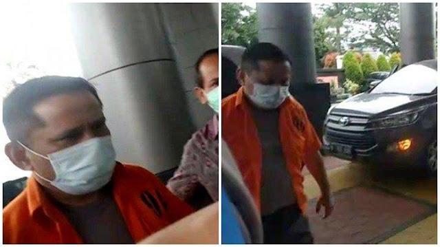 Tersangka Suap Djoko Tjandra, Dua Jenderal Polisi Berbaju Tahanan Tanpa Diborgol