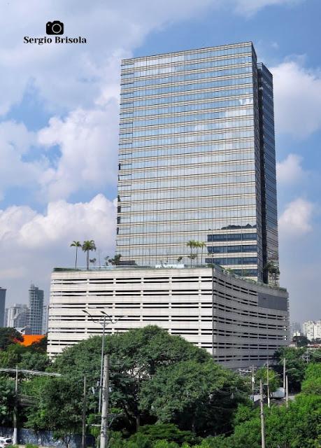 Vista ampla da Torre Z - Vila Cordeiro - São Paulo