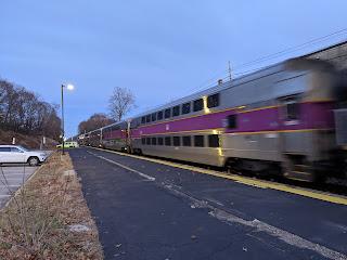 Franklin line train pulling into Dean Station
