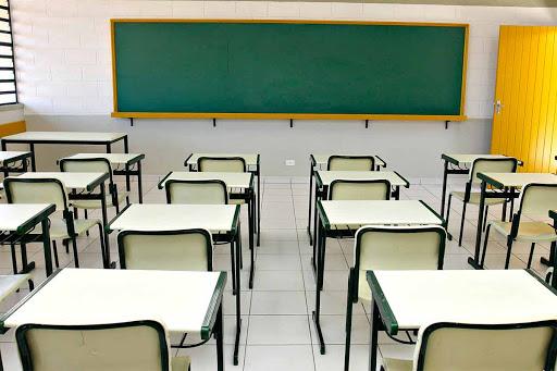 Governo de SP planeja retomada gradual de aulas presenciais em julho