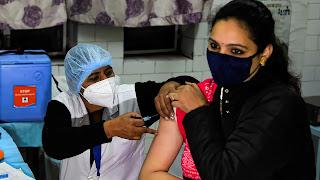 38 जिलों में शुरू हुआ कोरोना वैक्सीन का ड्राई रन, एक बार में 25 को लग रहा टीका