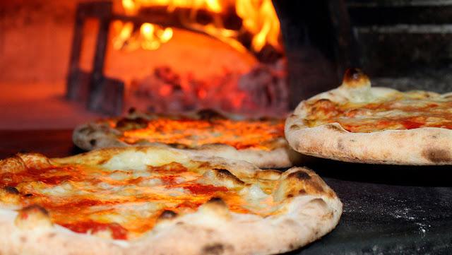 Una pizzería española pone en marcha una 'app' para minimizar el contacto con los camareros y reducir el riesgo de contagio de coronavirus