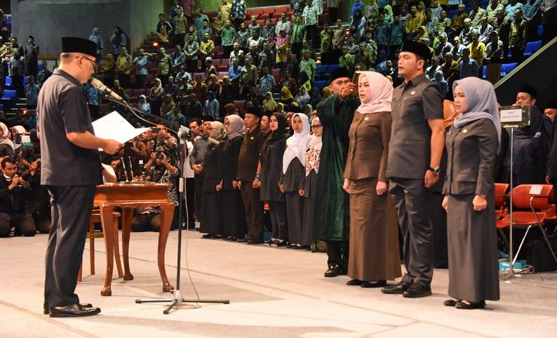 Gubernur Lantik 673 Pejabat Eselon III & IV di Lingkungan Pemdaprov Jabar