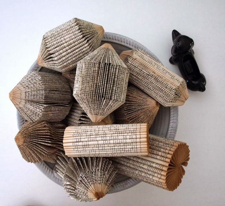 The Art Of Up Cycling Old Book Craft Ideas Repurpose