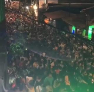 Mesmo com proibição de festas de carnaval, aglomerações são registradas em Natal e Pipa