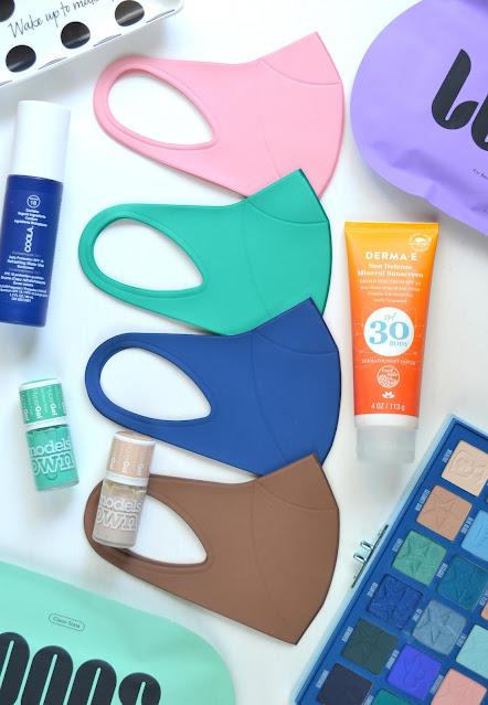 hmnkind Antibacterial Performance Face Masks Flatlay