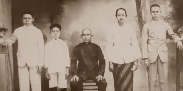 gambar Keluarga Ong Bungkeng, perintis tahu sumedang