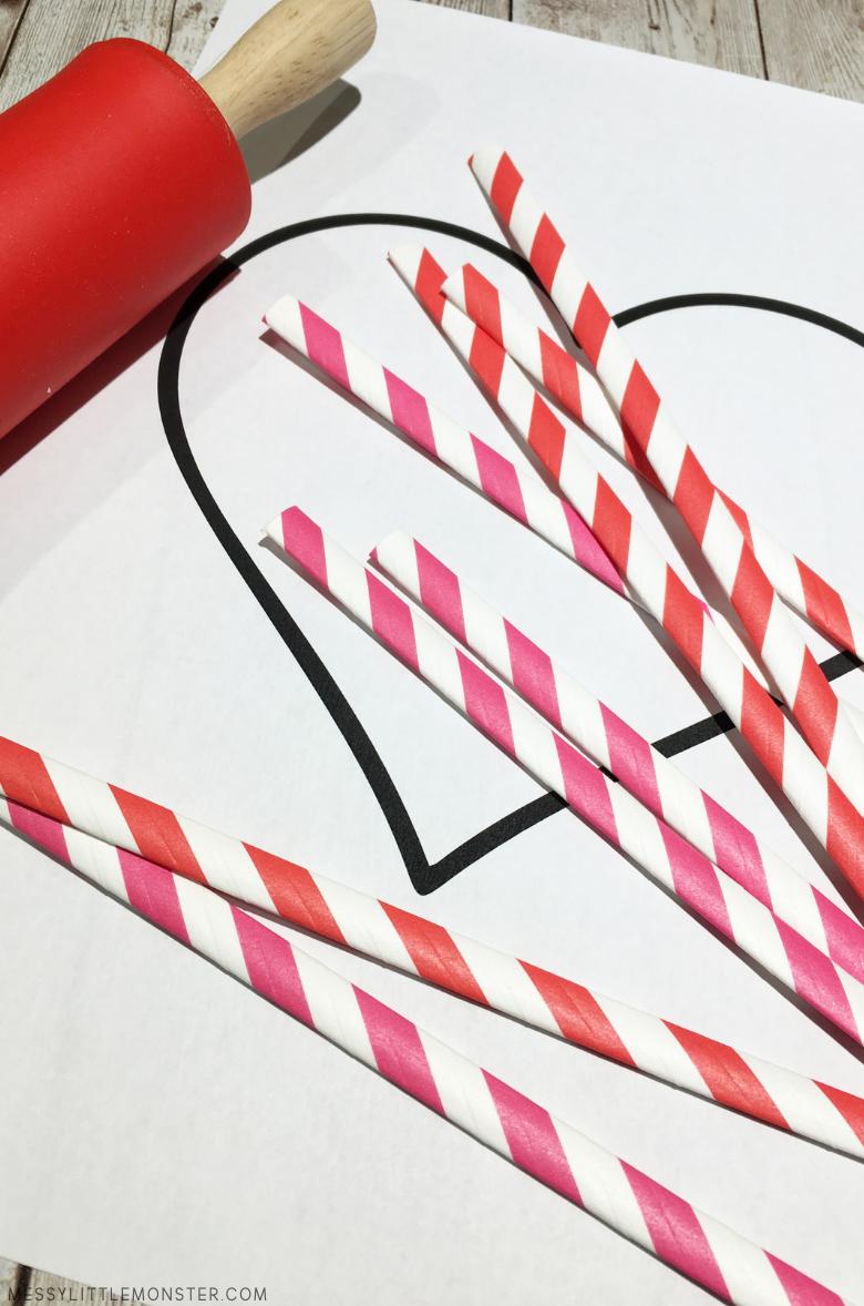 paper straw heart craft