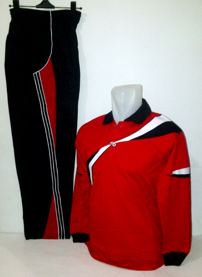Baju Olahraga plus Training