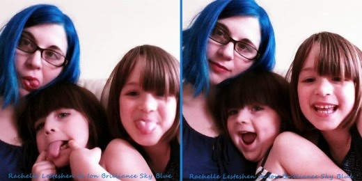 rachelle with blue hair and her two girls