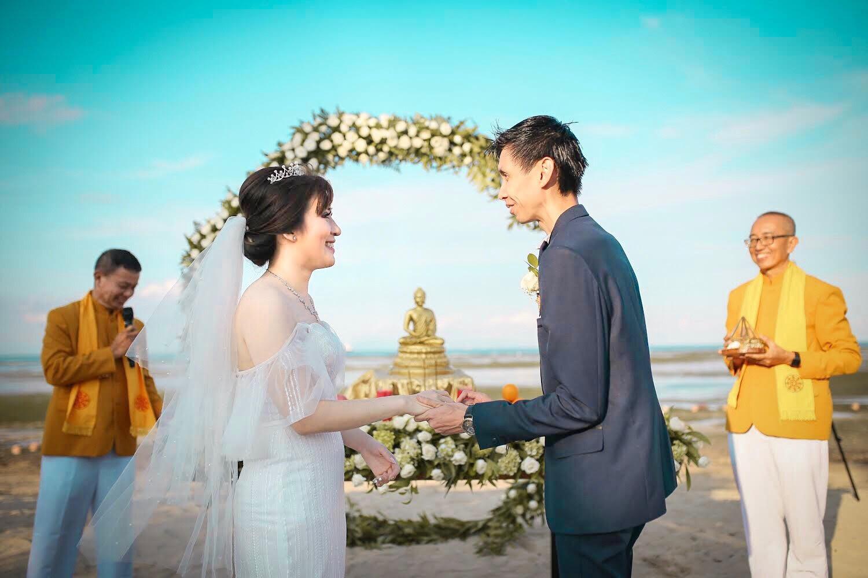 Begini Bunyi Janji Pernikahan dari 5 Agama yang Menyentuh Tamu-Tamu