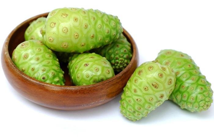 khasiat buah mengkudu