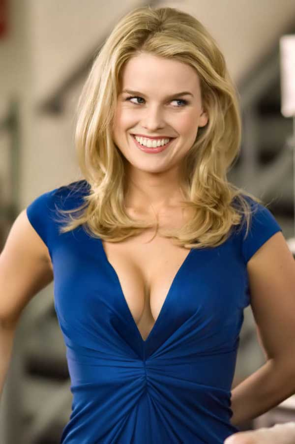 Alice Eve photo gallery - high quality pics of Alice Eve
