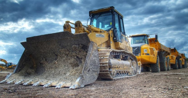 how to get started equipment rental business construction vehicles rent heavy machinery