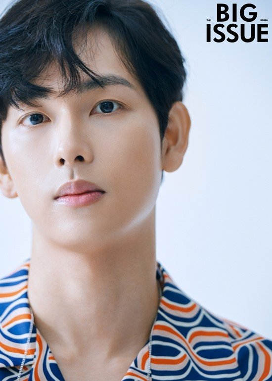 Actor Im Siwan looks amazing and good-looking in a pictorial with BIG ISSUE!