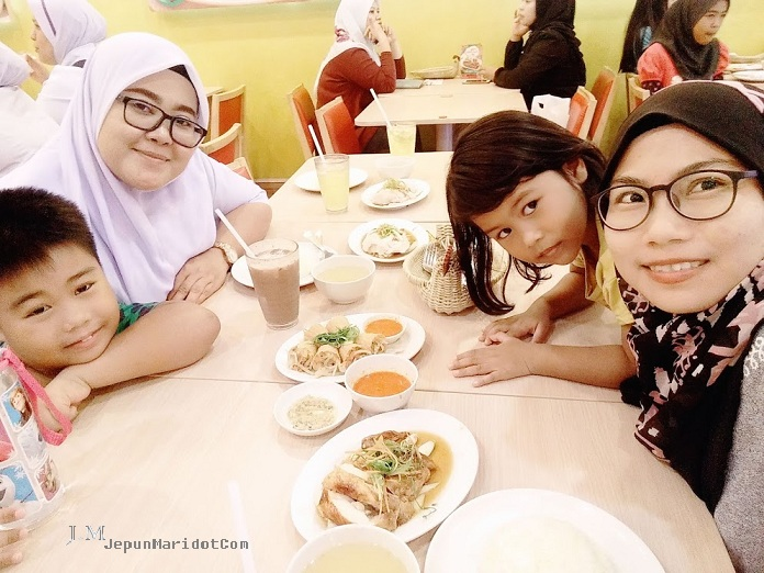 Spend time with kid | KidZania Go | MiniZoo Au | Kidzoona