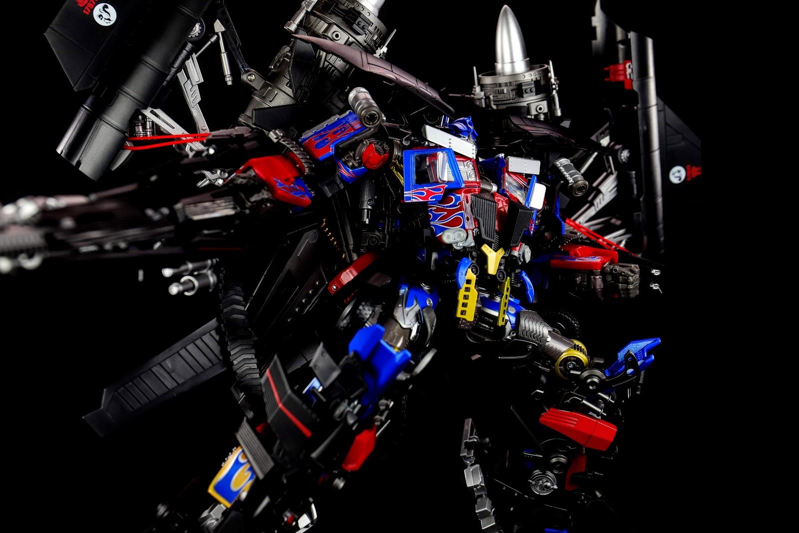 IRON WARRIOR IW-06 JET POWER ARMOR for MPM 04 Optimus Prime